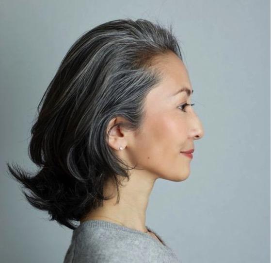 白髪を染めるか染めないか? 白髪がどのくら増えたら染めるべ気か?